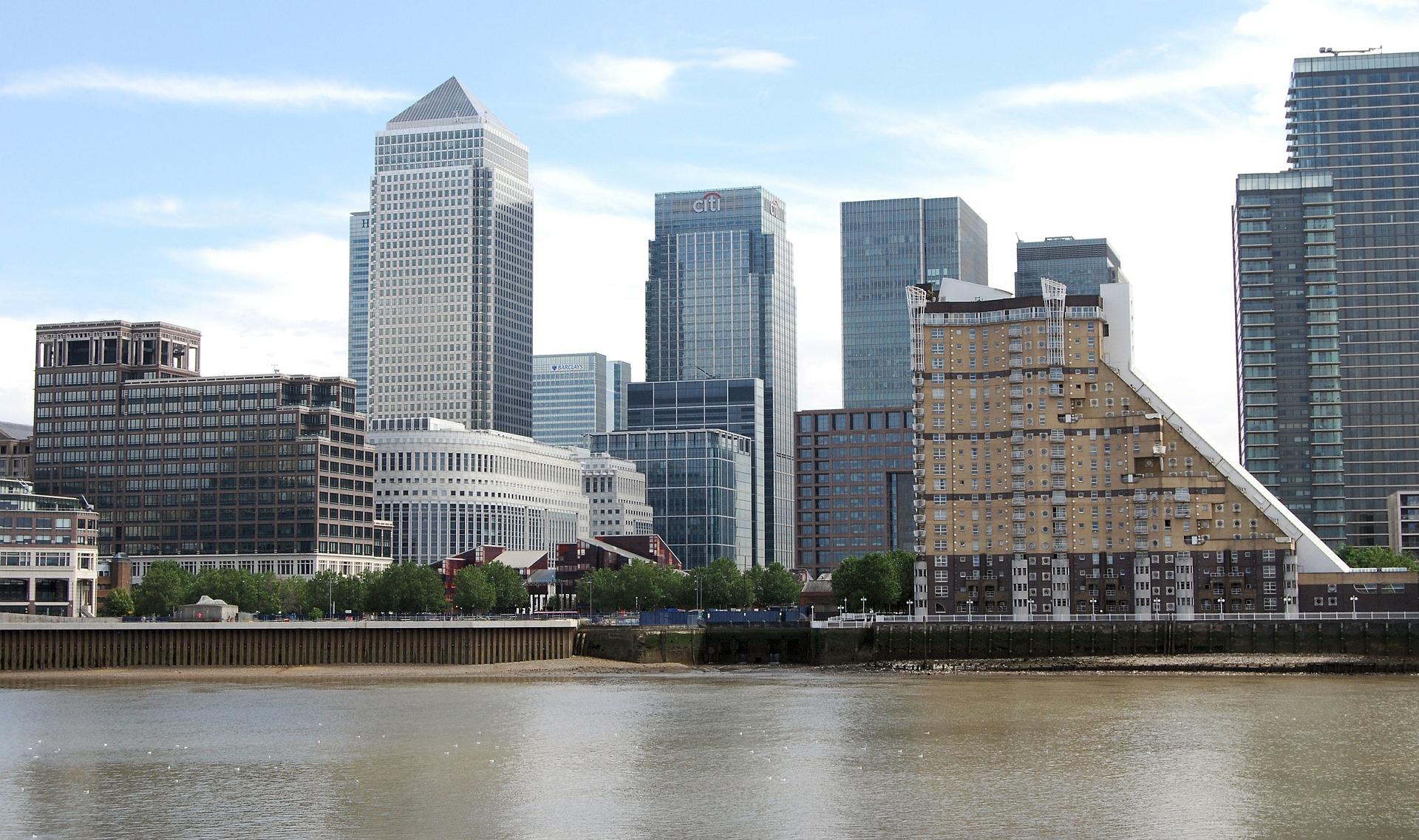 How to get a Skilled Worker Visa under UK Points-Based Immigration System
