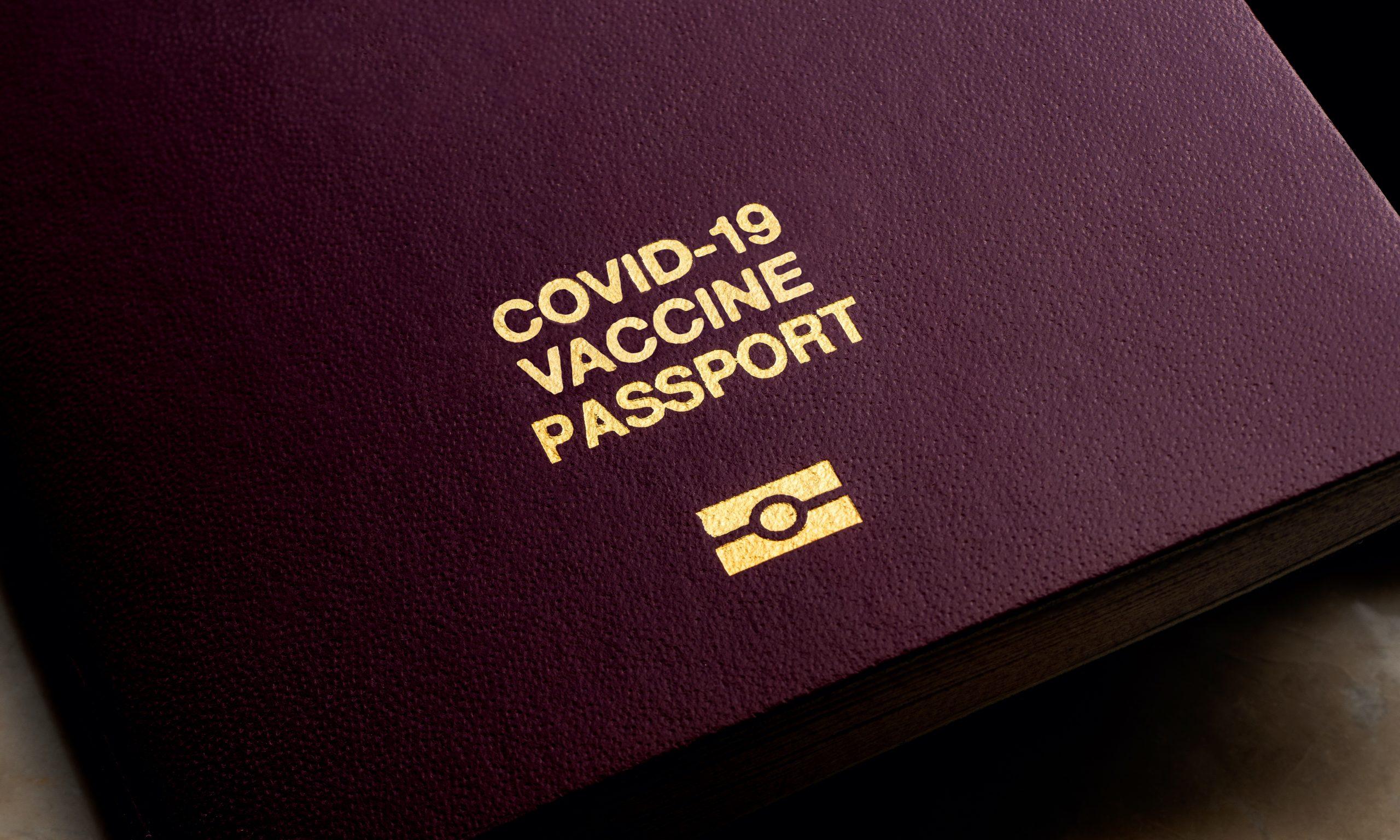 هل يُشترط أخذ لقاح كورونا للسفر إلى بريطانيا